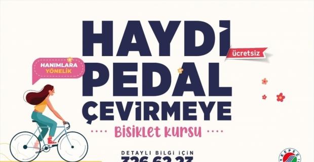 Kepez Belediyesinden kadınlara yönelik ücretsiz bisiklet kursu