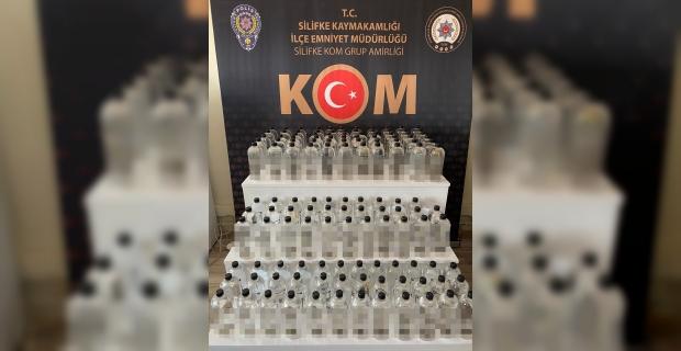 Mersin'de bir araçta 132 litre sahte etil alkol ele geçirildi