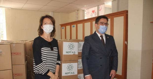 Mersin'de ihtiyaç sahiplerine gıda yardımı yapıldı