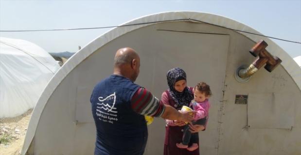 Suriyelilerin kurduğu dernekten Türkiye ve ülkelerindeki ailelere ramazan yardımı