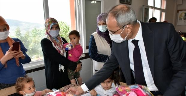 Tarsus Belediyesi'nden kırsal kesimdeki çocuklara okul öncesi eğitim desteği