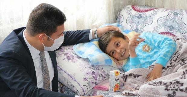 Kayıp otizmli çocuğu bulduğunda büyük mutluluk yaşayan Jandarma Astsubay Özcan o günü anlattı: