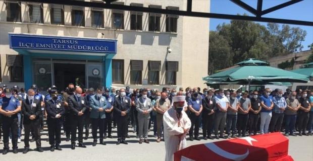Mersin'de kalp krizi sonucu hayatını kaybeden polis memuru için tören yapıldı