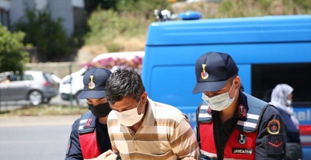Alanya'da farklı suçlardan aranan şüpheli tutuklandı