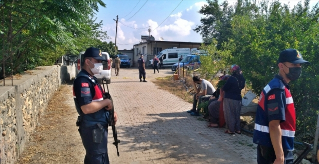 Osmaniye'de kocası ve görümcesini tüfekle öldürdüğü iddiasıyla yakalanan kadın tutuklandı