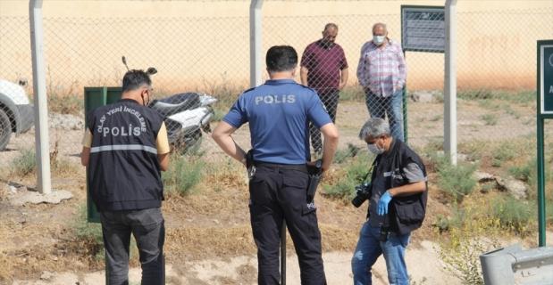 Hatay'da sulama kanalında erkek cesedi bulundu