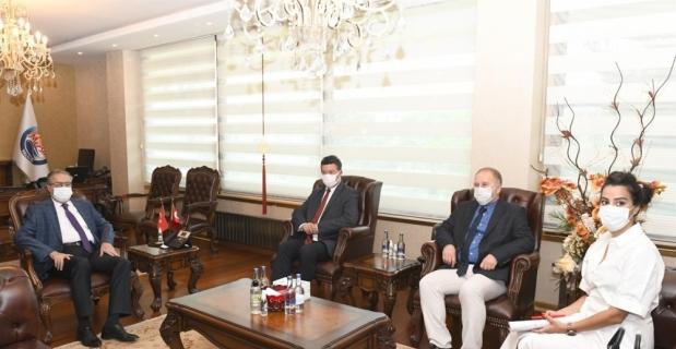 Mersin Valisi Su, BMMYK Türkiye Temsilcisi Leclerc ve beraberindeki heyeti kabul etti