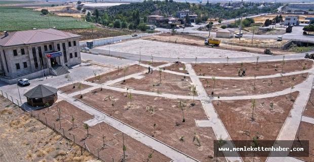 Adana Yolu'na yeni yeşil alan