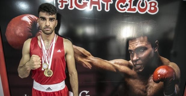 Hataylı genç boksörün hedefi milli formayı terletmek