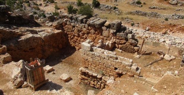 Mersin'deki Olba Antik Kenti'nde arkeolojik kazılar sürüyor