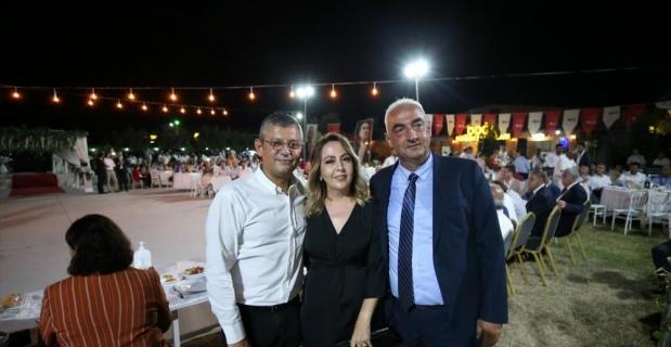 CHP Grup Başkanvekili Özgür Özel, Hatay Erzin'de partililerle buluştu