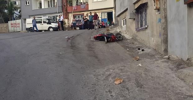 Elektrikli bisikletiyle duvara çarptı ağır yaralandı