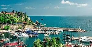 """""""Huzur ve barış"""" kenti: Antalya"""