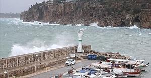 Antalya'da denizler için fırtına uyarısı