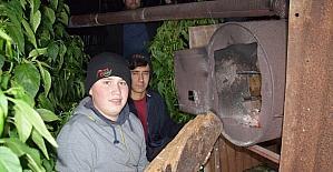"""Antalya'da çiftçiler seralarında """"zirai don nöbeti"""" tuttu"""