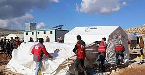 İdlib'e çadır ve insani yardım malzemesi gönderildi