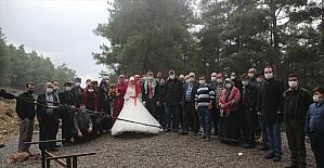 Mersin'de Sarıkeçili Yörüklerinden çadırda düğün