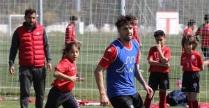 Antalyaspor, Kasımpaşa karşılaşmasının hazırlıklarına start verdi
