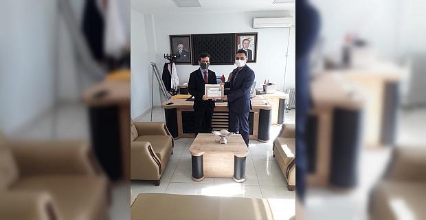Afşin'de sağlık çalışanlarına başarı belgesi verildi
