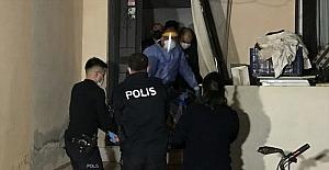 Antalya'da kendisine kesici aletle zarar veren kişi, hastaneye kaldırıldı