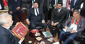 Davutoğlu, partilerinin seçime girebileceğini söyledi