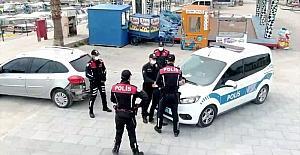 Kapkaç olayını canlandıran Mersin polisi, video kliple 112'nin önemine dikkati çekti