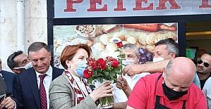 İYİ Parti Genel Başkanı Akşener'den Hatay Büyükşehir Belediyesi'ne ziyaret
