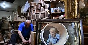 Emekli öğretmen, ata yadigarı asırlık dükkanda külekçilik zanaatını yaşatmaya çalışıyor