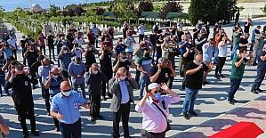 Isparta'da kaza geçiren polis memuru 4,5 aylık yaşam mücadelesini kaybetti