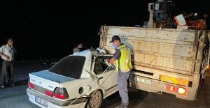Kahramanmaraş'ta kamyona arkadan çarpan otomobil sürücüsü yaralandı