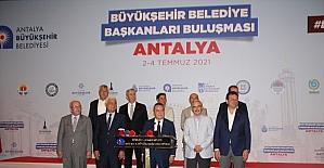 CHP'li Büyükşehir Belediye Başkanları Antalya'da buluştu