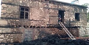 Mersin'de müstakil evde çıkan yangın söndürüldü
