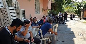 Antalya'da cesedi bulunan üniversite öğrenci Azra Gülendam'ın Osmaniye'deki babaevinde üzüntü hakim