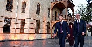 Başkan Zorluoğlu Kahramanmaraş'ı ziyaret etti
