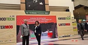 WoodTech Fuarını Ziyaret Eden Rektör Prof. Dr. Niyazi Canİncelemelerde Bulundu