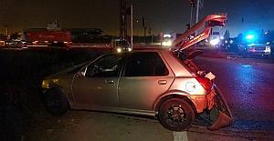 GÜNCELLEME - Adana'da tır otomobille çarpıştı: 2 ölü, 1 yaralı