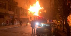 Kahramanmaraş'ta ev yangınında yaşlı çift yaralandı