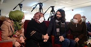 Suriyeli piyanist, Türkiye'ye sığınan annesi ve kardeşlerine 8 yıl sonra kavuştu