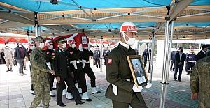 Tatvan'da şehit olan Astsubay Kıdemli Başçavuş Demir, Kahramanmaraş'ta son yolculuğuna uğurlandı
