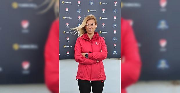 A Milli Kadın Futbol Takımı Teknik Direktörü Kırağası, Turkcell Kadın Futbol Ligi maçlarını izledi: