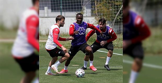 Antalyaspor, Çaykur Rizespor maçının hazırlıklarına başladı