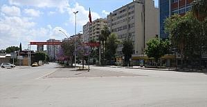 Adana, Mersin, Hatay, Osmaniye'de tam kapanmada cadde ve sokaklarda sessizlik hakim