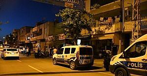 Adana'da bir kişi evinde sırtından vurulmuş halde ölü bulundu