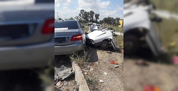 Adana'da iki otomobil çarpıştı: 1 yaralı