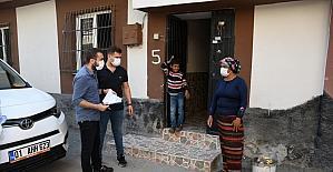 Adana'da kirasını ödeyemediği için sokakta kalan aileye yardım eli uzatıldı