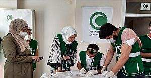 Arap Beyazay Derneği, Suriyeli ihtiyaç sahibi ailelere ramazan yardımında bulundu