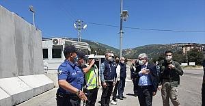 Hatay Valisi Rahmi Doğan, polis ve jandarmanın bayramını kutladı