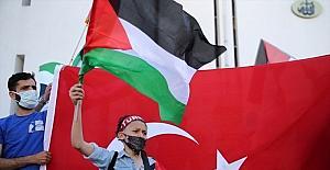 İsrail'in Mescid-i Aksa ve Doğu Kudüs'teki saldırıları Mersin'de protesto edildi