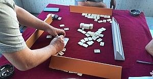 Osmaniye'de kumar oynayan ve Kovid-19 tedbirlerini ihlal eden 8 kişiye para cezası verildi