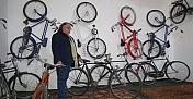 Mersin'de atıl durumdaki okul, bisiklet ve motosiklet müzesi oldu